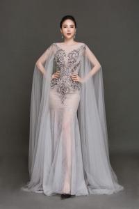 Đường cong bốc lửa của mỹ nhân Việt vừa đoạt giải Hoa hậu Quý bà Hòa bình châu Á