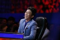 Danh hài Hoài Linh: 'Đi đâu tôi cũng phải mang theo thuốc ngủ'