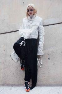 'Càn quét' Seoul Fashion Week 2018, Fung La được truyền thông quốc tế khen ngợi
