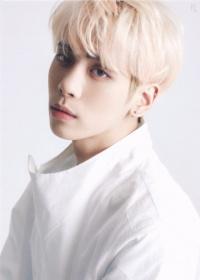 Jonghyun, Taeyeon, Rosé (BLACKPINK),... Ai là thần tượng sở hữu giọng ca có 1-0-2 của Kpop?