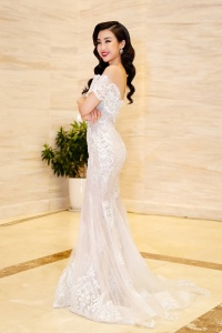 Dàn mỹ nhân Việt lộng lẫy đi xem Chung khảo phía Nam Hoa hậu Việt Nam 2018 ở Quy Nhơn
