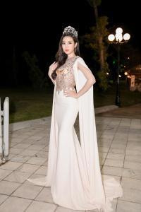 Thảm đỏ 30 năm Hoa hậu Việt Nam: Cuộc hội ngộ hiếm có của dàn Hoa hậu, Á hậu
