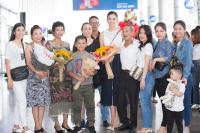 Hoa hậu Trần Tiểu Vy trở về nhà trong vòng tay gia đình và người dân Quảng Nam