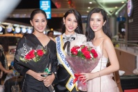 Hoa hậu Trần Tiểu Vy, Á hậu Thúy An ra tiễn Thuỳ Tiên lên đường dự thi Hoa hậu Quốc tế 2018