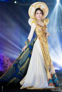 Á hậu Bùi Phương Nga dẫn đầu bình chọn trang phục dân tộc ở Miss Grand International 2018
