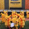 Pikachu đang uốn éo trên sân khấu thì bỗng dưng bị xì hơi lảo đảo, một