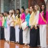 Huyền My vắng mặt, dàn thí sinh Miss Grand International nô nức diện áo bà ba đi viếng chùa