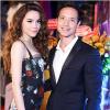 Hồ Ngọc Hà gợi cảm hết cỡ, tình tứ không rời Kim Lý tại đại tiệc sinh nhật YAN News