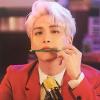 Vừa hạnh phúc lại xót xa khi nhìn lại chặng đường 10 năm của Jonghyun trong MV cuối cùng
