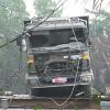 Sài Gòn: Trục vớt thành công chiếc xe ben gây ra vụ sập cầu Long Kiển