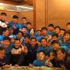 Công Phượng - Đức Huy mặt đầy bánh kem, cùng thầy Park và U23 Việt Nam mừng chiến tích thắng Iraq