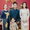 Bầu 4 tháng, Khánh Thi được cả gia đình