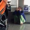 Sự thật về hình ảnh người mẹ già ngồi buồn bã, nhìn về chiếc xe máy phải mua trả góp cho con trai