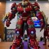 """Mô hình Iron Man khổng lồ gây """"bão"""" MXH với phong cách"""