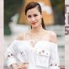 Dàn mỹ nhân Việt lộng lẫy váy áo đi xem show thời trang trên du thuyền