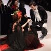Lan Khuê và Nhan Phúc Vinh rượt đuổi nhau như đôi tình nhân trên sân khấu VIFW 2018