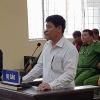 Náo loạn tại phiên tòa U60 dâm ô khiến bé gái uất ức tự tử