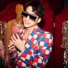 Hậu trở lại Top 1 Trending YouTube, Sơn Tùng đẹp