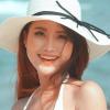 Hình ảnh đời thường và phong cách đẹp mê hồn của Hoa hậu Chuyển giới
