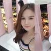 Cao hứng khoe của, Ngọc Trinh khiến fan choáng ngợp với tủ giày hiệu gần 300 đôi