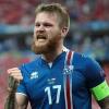Cầu thủ Iceland được tiếp thêm