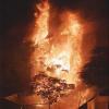Sài Gòn: Căn nhà 5 tầng khu Chợ Lớn cháy dữ dội giữa đêm