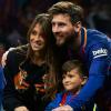 Messi nhận được sự ủng hộ vững chắc nơi hậu phương trước trận đánh quyết định