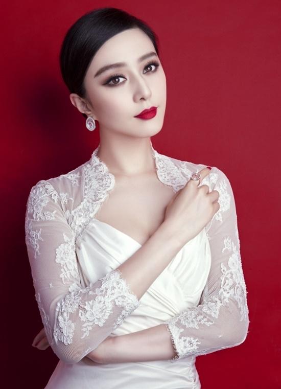 Những mĩ nhân sở hữu vẻ đẹp không góc chết của làng giải trí Hoa ngữ