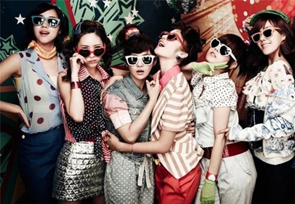 Ca khúc gây sốt với vũ đẹp mắt và concept Disco Roly Poly củaT-ara.
