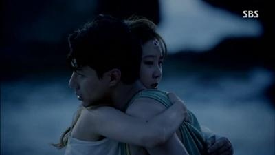 Cặp đôi Song - Song sinh ra phải gặp nhau nhưng lại không nên duyên(Ảnh minh họa)