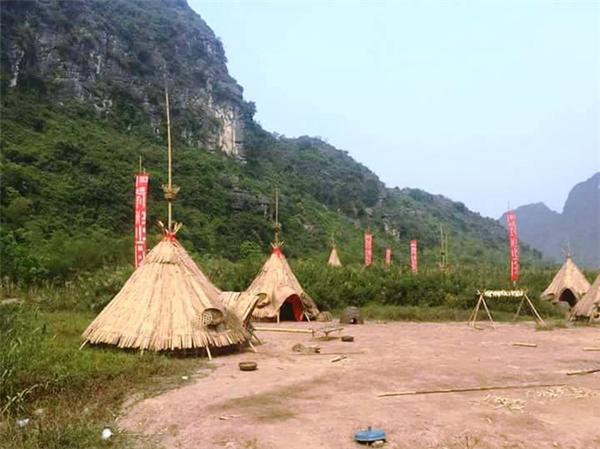 Làng thổ dân sẽ chính thức chào đón du khách vào 15/4.