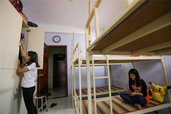 Mỗi bạn sinh viên dùở chung, nhưng ai cũngsở hữu một không gian riêng của mình.