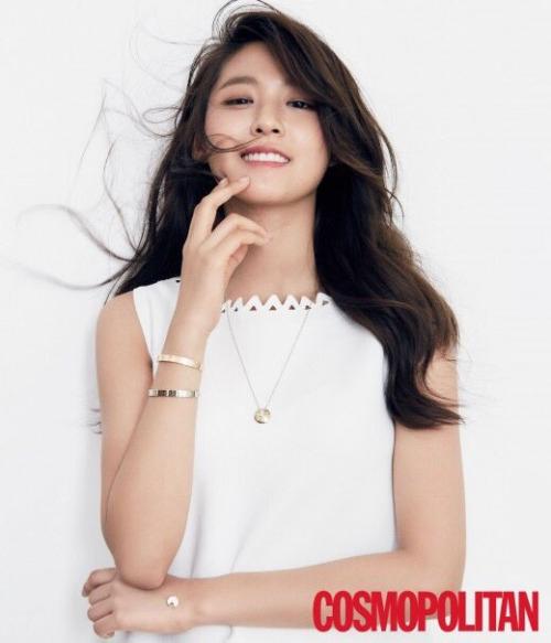 Không phải YoonA hay Suzy, đây mới là nữ thần Kpop ăn ảnh nhất năm