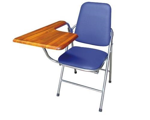 Trẻ thuận tay trái sẽ gặp khó khăn khi ngồi học với chiếc ghế dành cho người thuận tay phải.