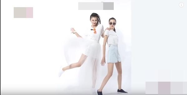 Được thay chân váy nên trông set đồ white on white của Hồng Anh (bên trái) trông có vẻ bắt mắt hơn.