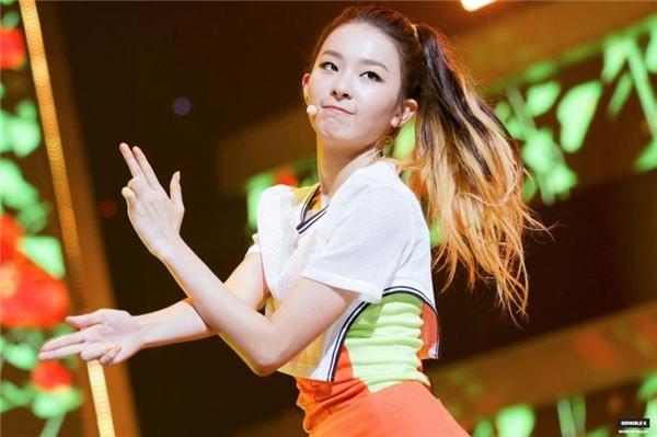 """Kim Hyun Chul đã phải nhận xét rằng:""""Cô ấy thể hiện với tông giọng hoàn hảo. Cảm xúc bài hát cũng được truyền tải rất tốt."""""""