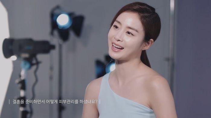 Vượt mặt Song Hye Kyo và Suzy, Kim Tae Hee xuất sắc trở thành mỹ nhân đẹp nhất Hàn Quốc