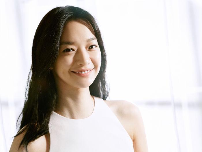 Vẻ đẹp tinh khôi và tươi sáng của Shin Min Ah khiến nhiều người không khỏi