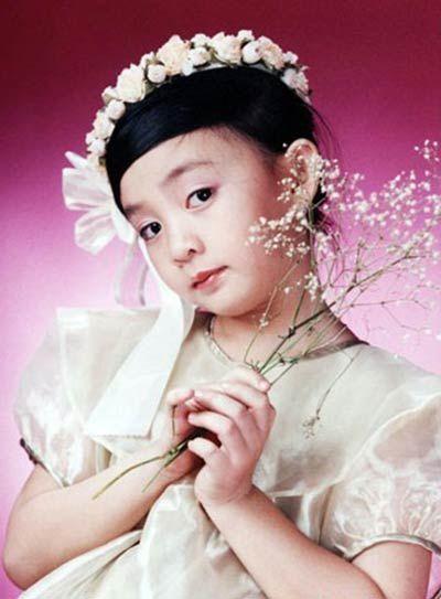 Bé Xuân Mai từng là ngôi sao nhí đình đám của làng nhạc Việt và đến nay, sau hơn 20 năm, tên tuổi của cô vẫn được đông đảo công chúng nhớ đến. Những ca khúc thiếu nhi mà Xuân Mai thể hiện luôn là sự lựa chọn hàng đầu của các em nhỏ, phụ huynh hiện nay. - Tin sao Viet - Tin tuc sao Viet - Scandal sao Viet - Tin tuc cua Sao - Tin cua Sao