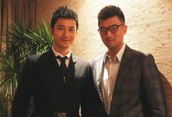 Huỳnh Hiểu Minh và quản lý cũ Hoàng Bân (giờ đây trở thành quản lý hiện tại của Triệu Lệ Dĩnh).