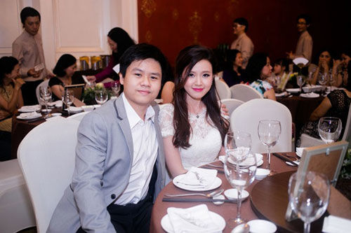 Những cặp đôi đình đám Vbiz đã chia tay sau khi đi dự đám cưới của nhạc sĩ này - Tin sao Viet - Tin tuc sao Viet - Scandal sao Viet - Tin tuc cua Sao - Tin cua Sao