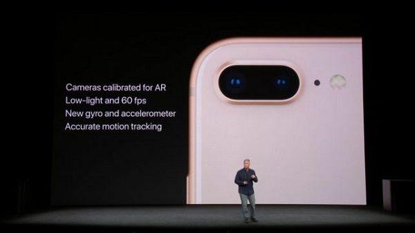 iPhone X là một trong những smartphone mới nhất của Apple có khả năng quay video 4K với 60 khung hình/giây.