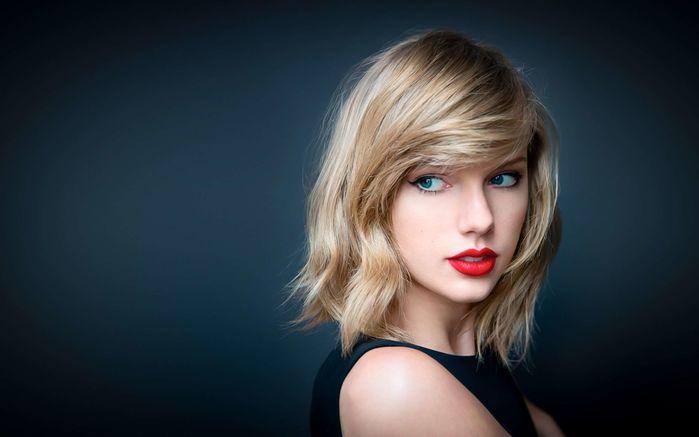 """Biệt danh """"rắn độc"""" của Taylor Swift có từ năm 2016, xoay quanh mâu thuẫn giữa cô và hai vợ chồng Kanye West và Kim Kardashian. Trong bàiFamous,chuyện của Hollywood có nói:""""Tôi cảm thấy mình và Taylor vẫn có thể làm tình cùng nhau bởi tôi đã giúp con khốn đó nổi tiếng"""". - Tin sao Viet - Tin tuc sao Viet - Scandal sao Viet - Tin tuc cua Sao - Tin cua Sao"""