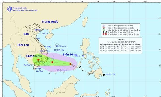 Hồi 13 giờ, vị trí tâm bão cách bờ biển các tỉnh Khánh Hòa - Ninh Thuận - Bình Thuận khoảng 450 km về phía Đông. (Ảnh: Trung tâm dự báo KTTVTW)