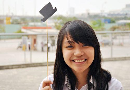 Đàm Ngọc Kim Anh (SN 1995) chinh phục 11 học bổng của 11 trường Đại học 'khủng'