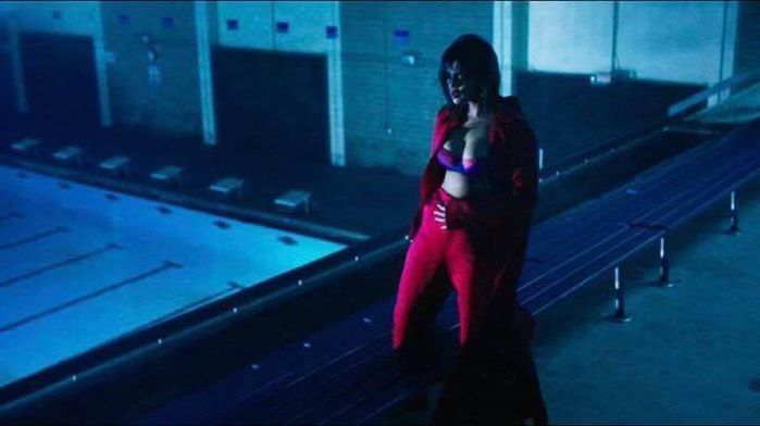 Đây dường như là kết quả mỹ mãn sau quá trình tập gym thường xuyên của Selena,..