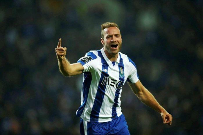 3. Laurent Depoitre (Huddersfield) -Tiền đạo người Bỉ đã có 79 lần bứt tốc. Depoitre ghi 2 bàn sau 707 phút thi đấu cho Huddersfield.