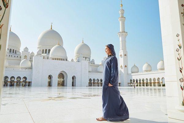 Minh Hằng cho biết cô cảm thấy may mắn khi có những trải nghiệm vô cùng tuyệt vời tại Dubai. - Tin sao Viet - Tin tuc sao Viet - Scandal sao Viet - Tin tuc cua Sao - Tin cua Sao