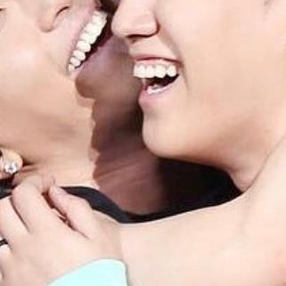 Khoảnh khắc zoom miệng của Seungri đầy lầy lội của Taeyang.