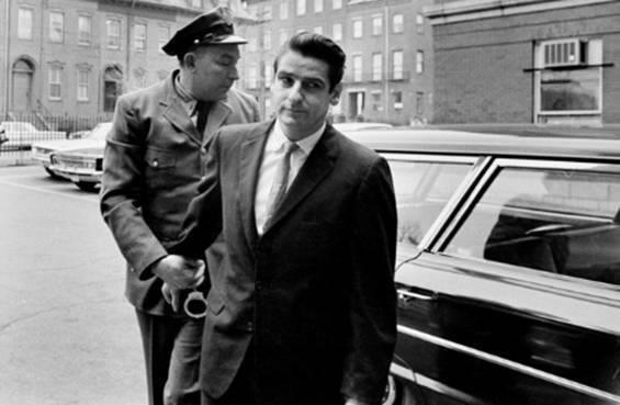 The Boston Strangler đã giết hại13 người nữ giới độc thân từ độ tuổi 19 đến 85
